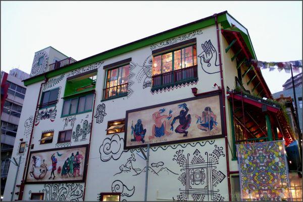 yokohama chinatown chinese art  fresco drawinLEICA