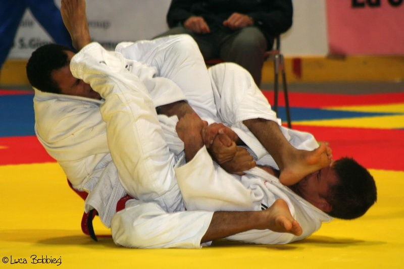Trying Juji Gatame