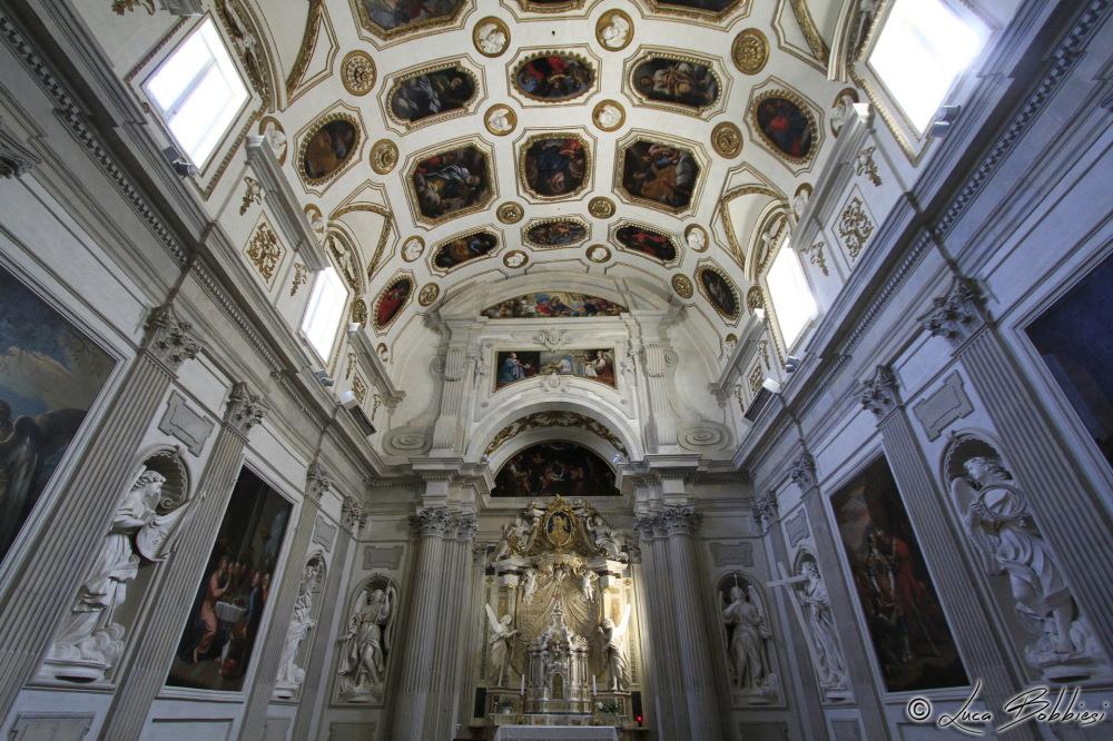 Interno del Duomo di Spoleto