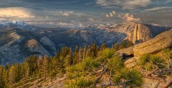 The last evening light at Yosemite Wilderness