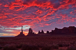 Totem Pole - Monument Valley Sunrise