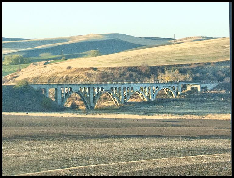 Bridge at Rosalia along the John Wayne Trail