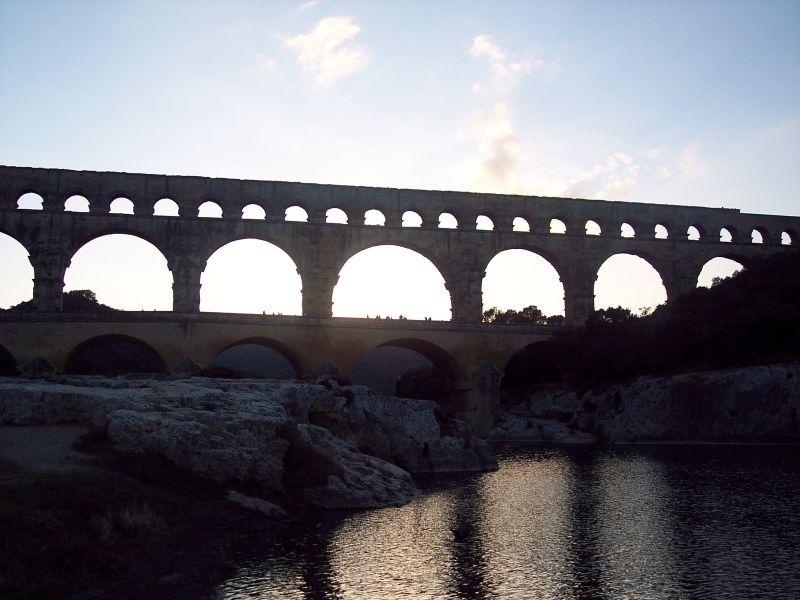 pont gard monument