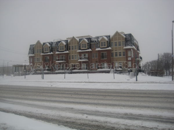 House, Bricks, Snow