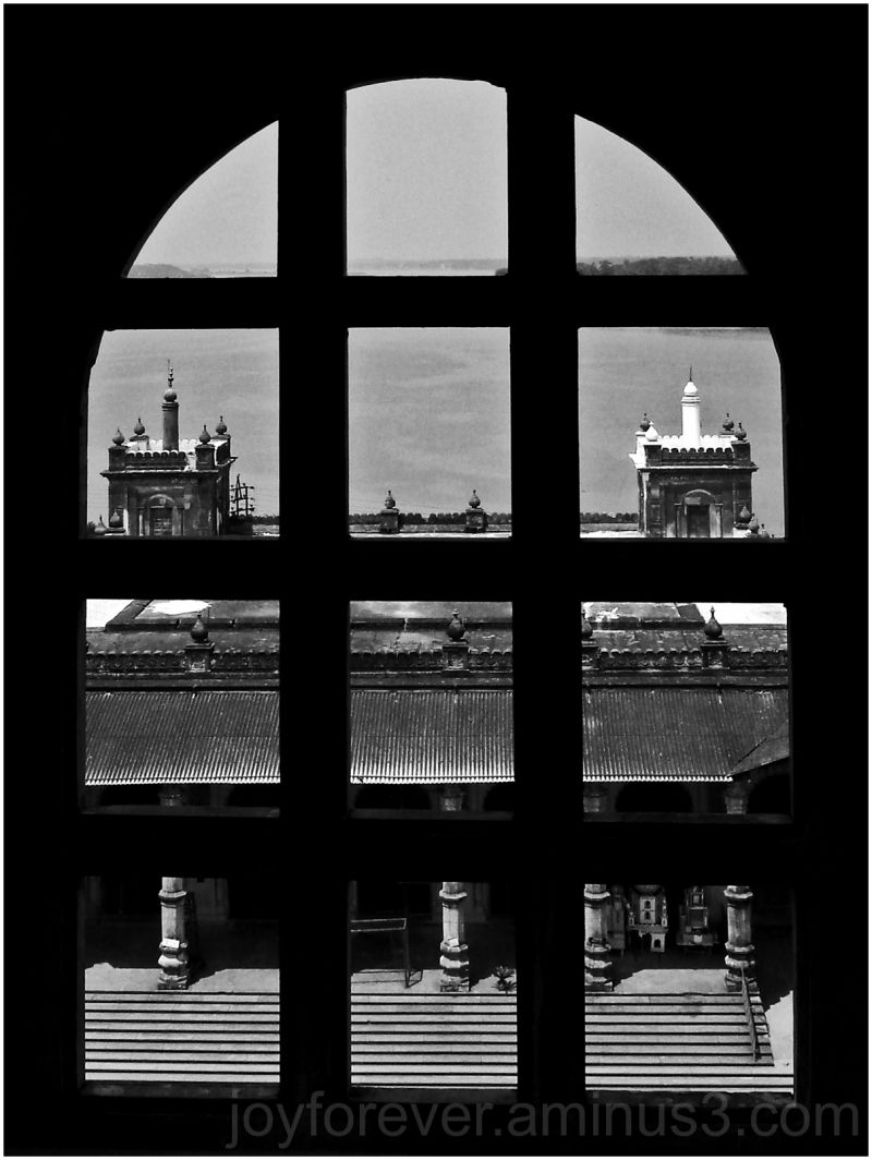 Hooghly Imambara Window Black & White