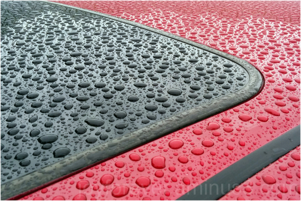 car roof rain red black water drops raindrops