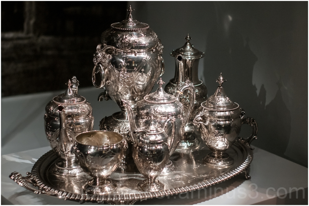 Lincoln President Museum American history tea-set