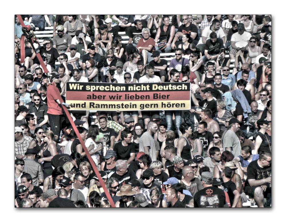 """Rammstein   """"face ou dos à la scène""""  ( 7 )"""