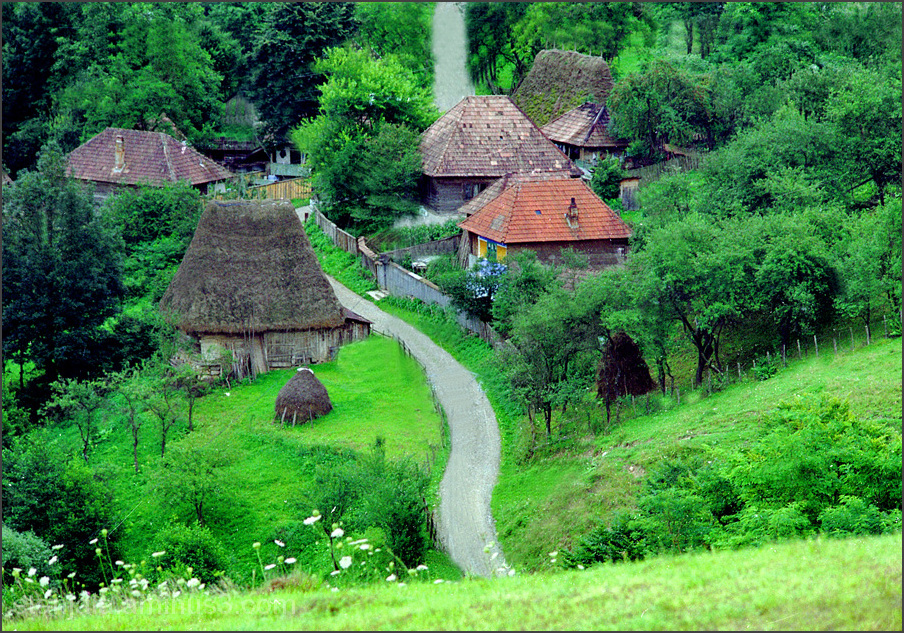 Village Huda lui Papara, Romania.