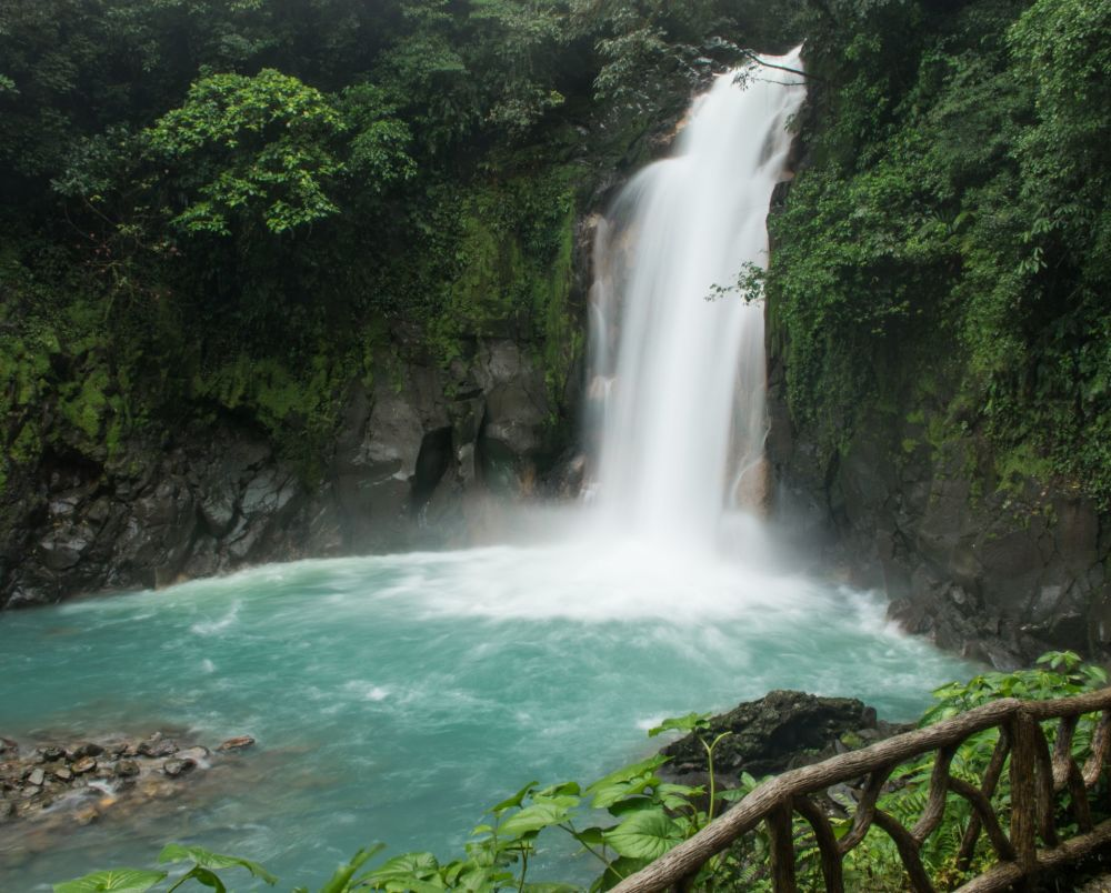 The magnificent Rio Celeste waterfall