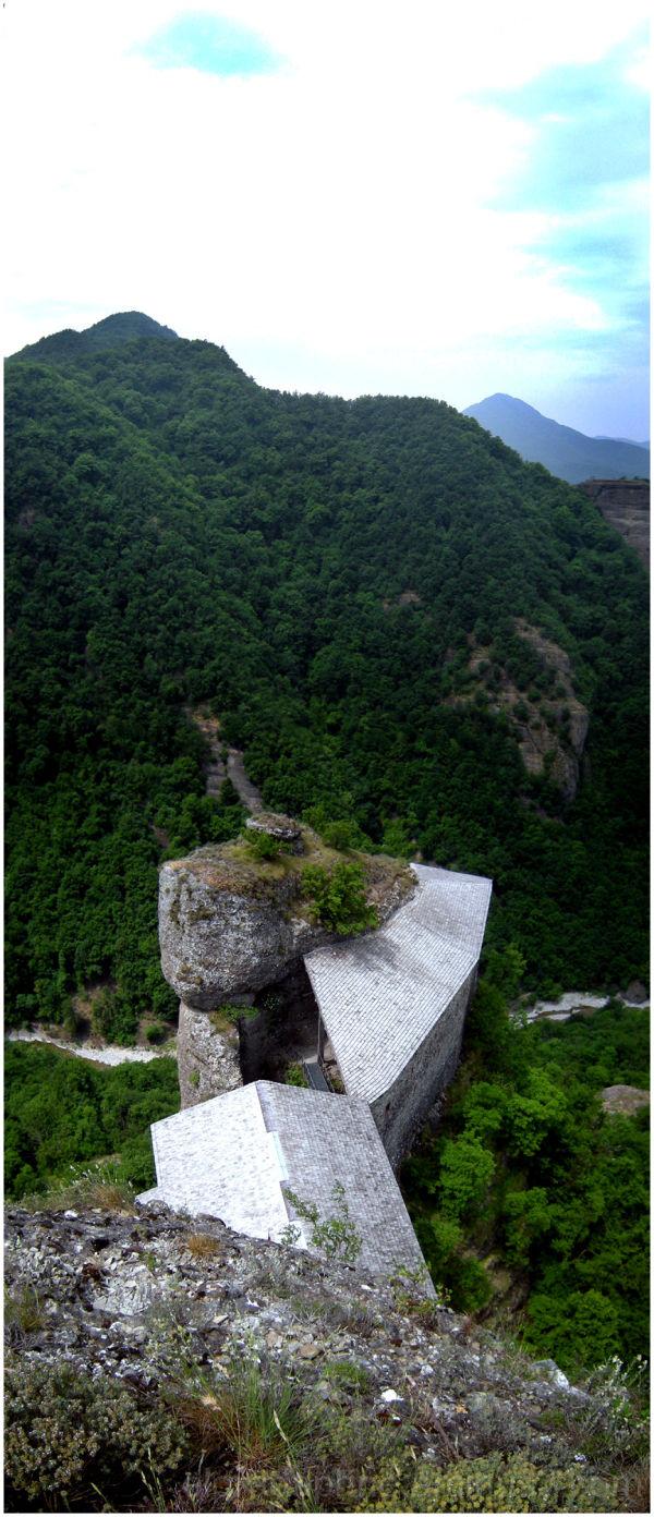 panoramic castello della pietra