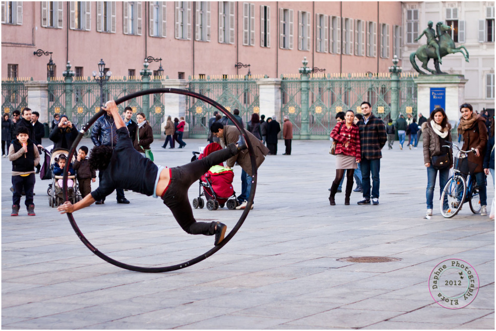 street performers turin