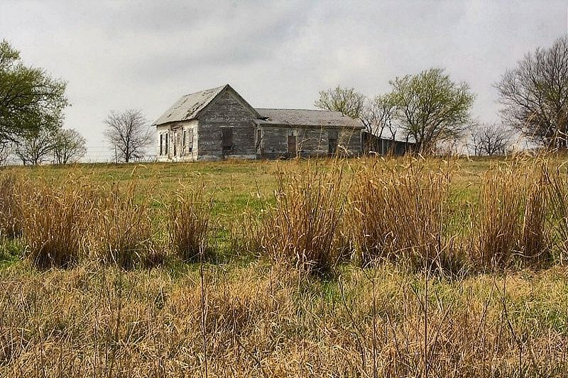 Landscaping Around An Old Farmhouse : Old farmhouse landscape rural photos shroompix