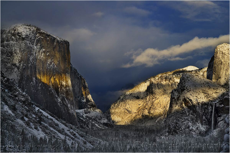 Yosemite Valley clearing storm.