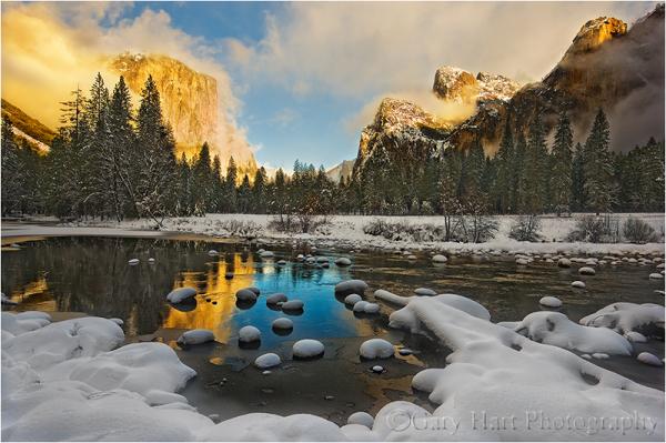 Snow blankets Yosemite Valley