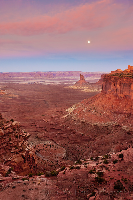 Moonset, Candlestick Butte, Canyonlands NP