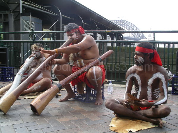 Sydney Street Performers With Didgeridoo