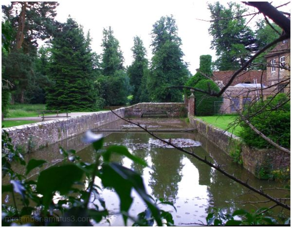Groombridge Place, Kent #1