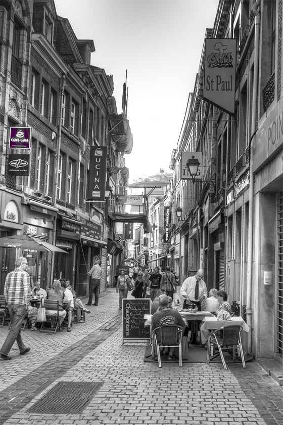 A picture of a street in Liege