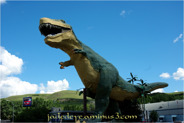 Drumheller - World's Largest Dinosaur
