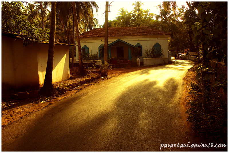 Village street in Goa