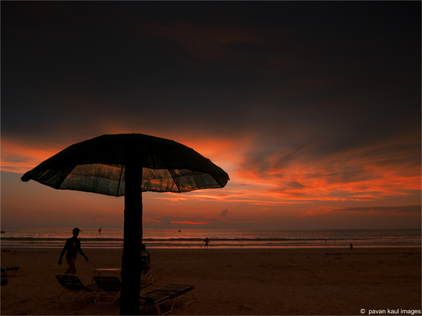 sunset skies in goa