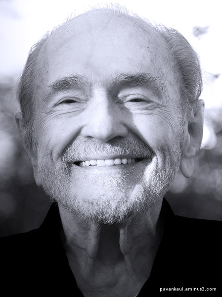 Monochrome portrait of Swami Kriyananda