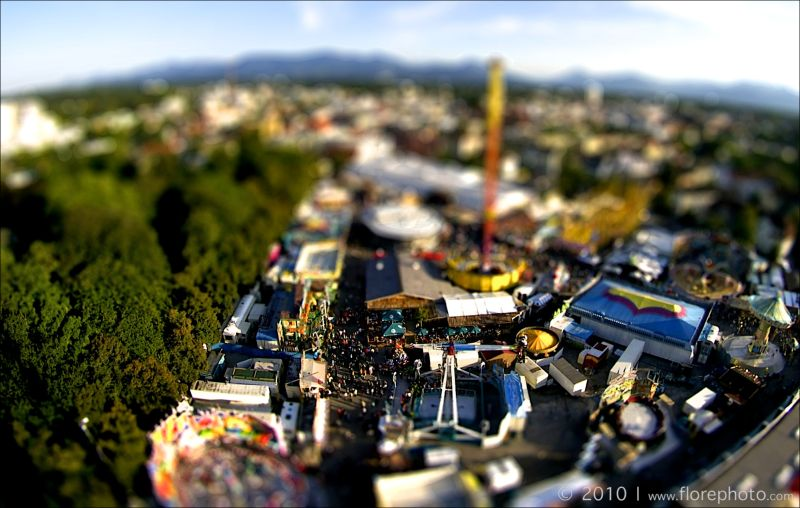 Tiltshift photo of Herbstfest Rosenheim