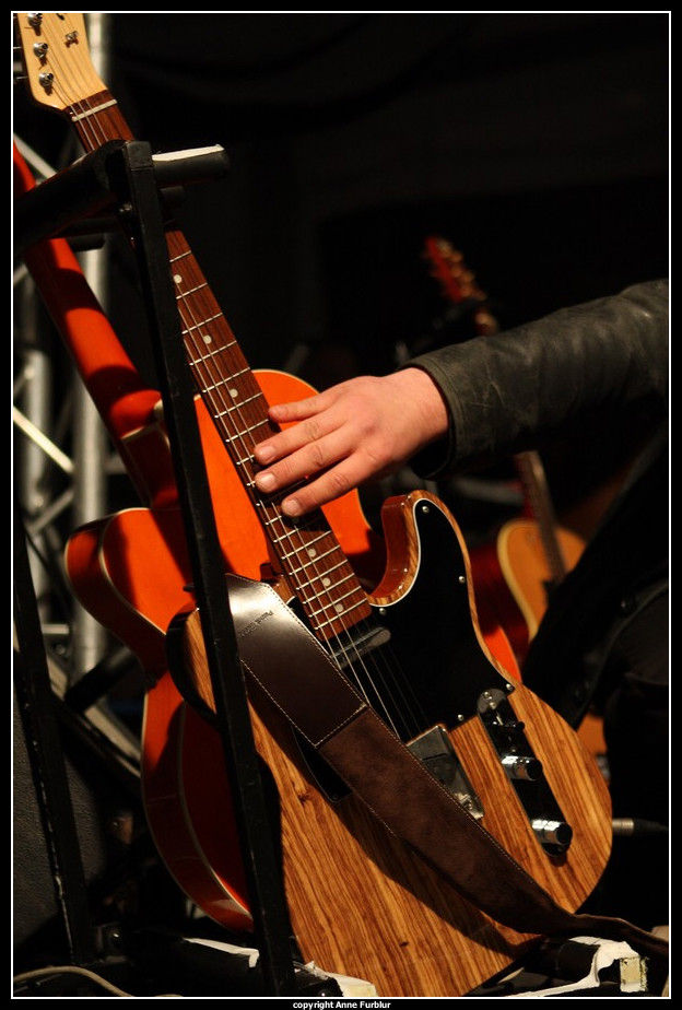 Scène, guitare