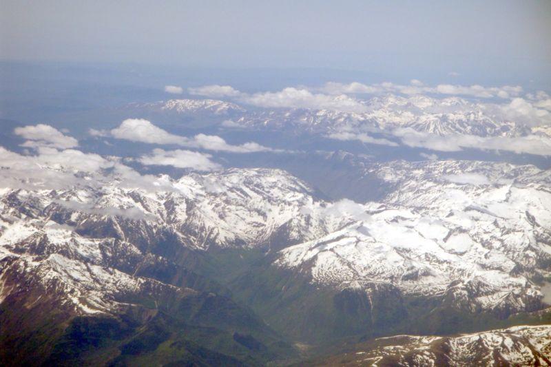 Les Pyrénées vue du ciel