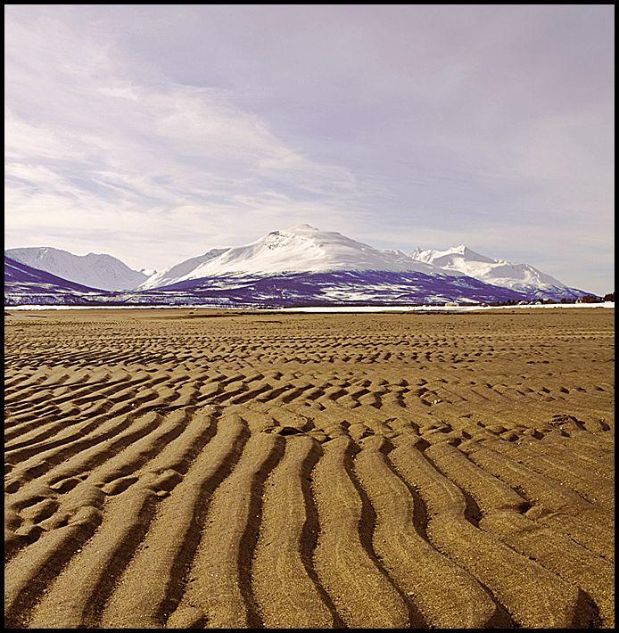 Cold beach in Breivikeidet, Troms
