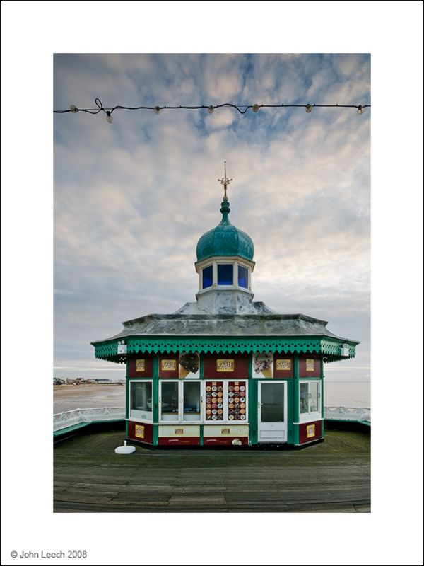 North Pier Kiosk, Blackpool