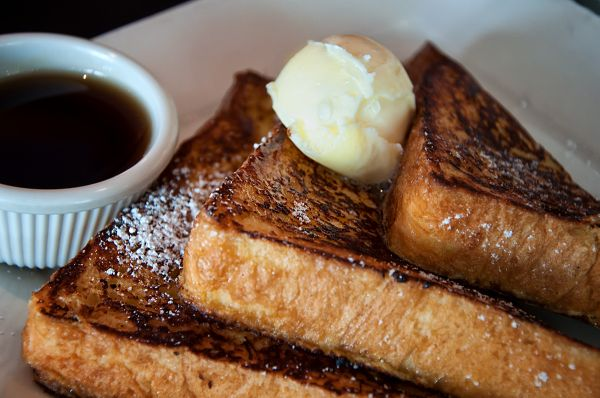 diner breakfast:  french toast