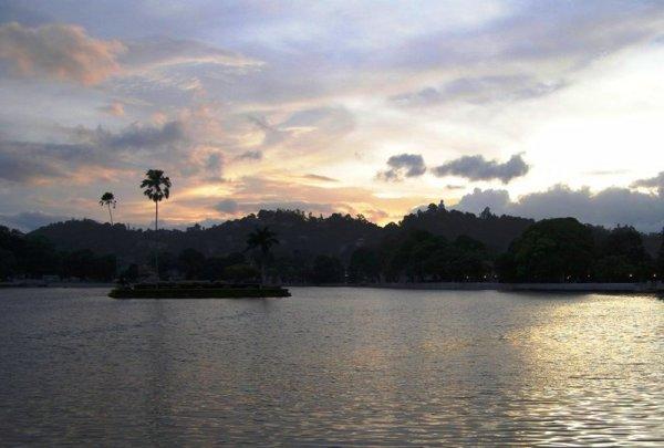 Llac artidicial de Kandy