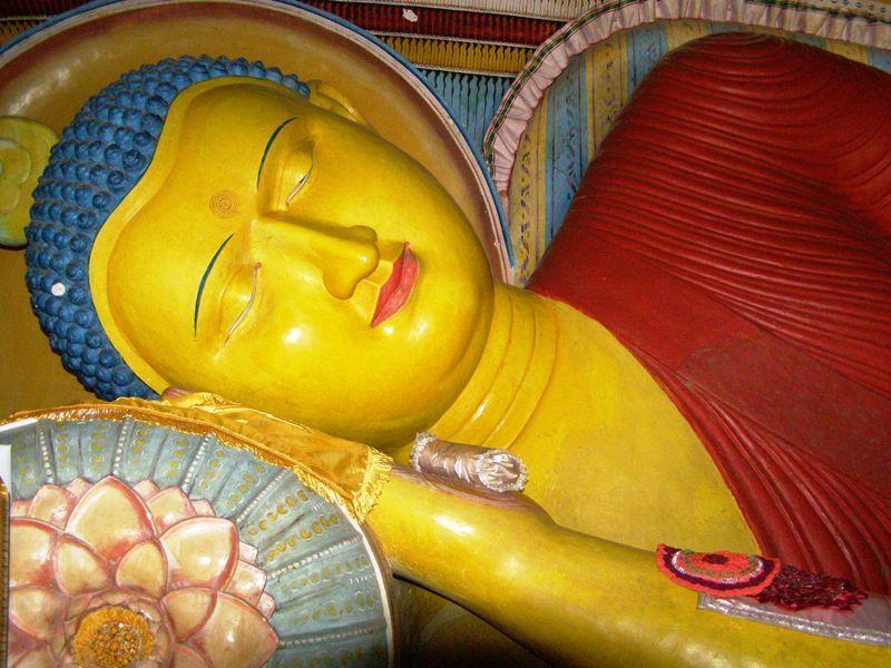 Buda reclinat de Sri Lanka
