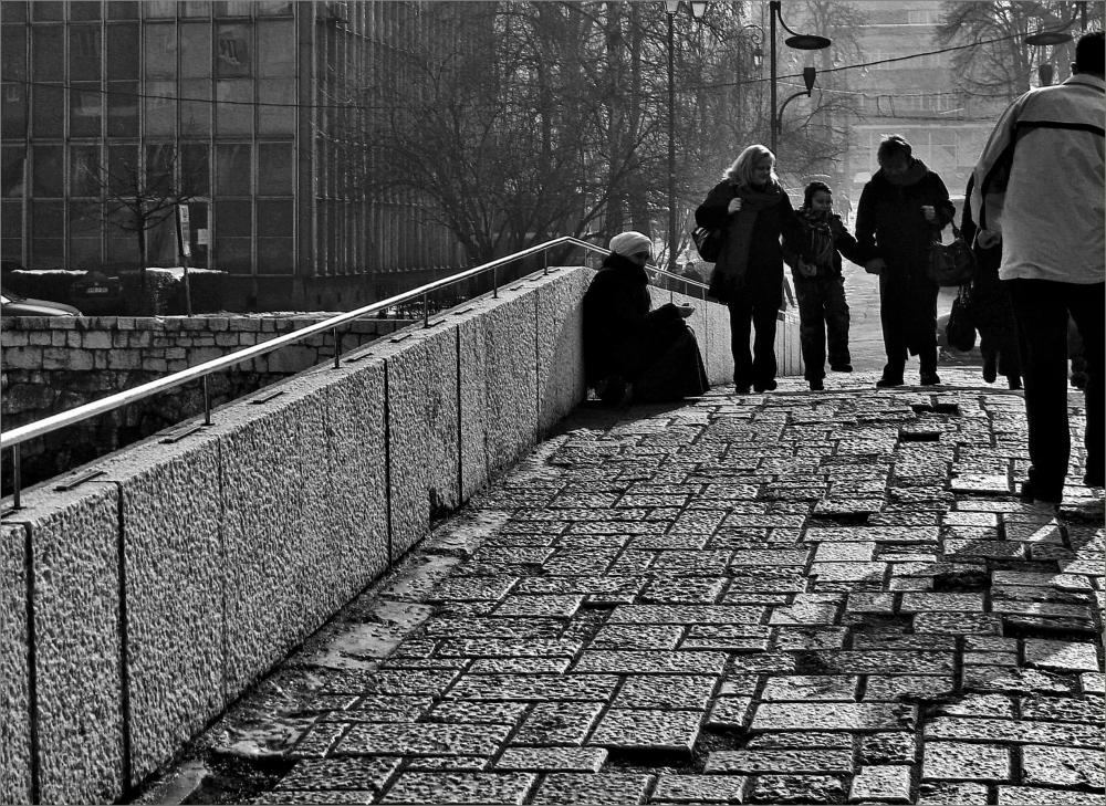 Bridge Beggar Sarajevo