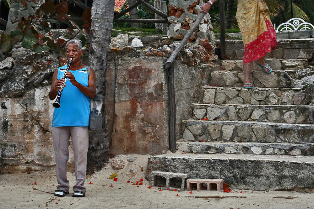 Cuba 2012 Don-Lupe clarinet Guardalavaca