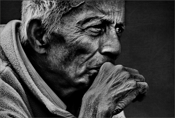 BW portrait of an old man