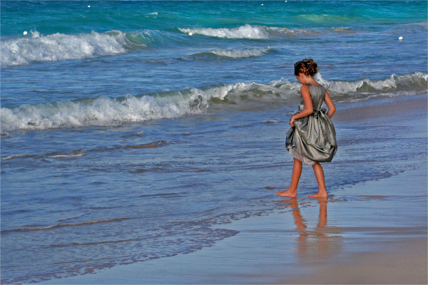 Barcelo Punta Cana sand Girl