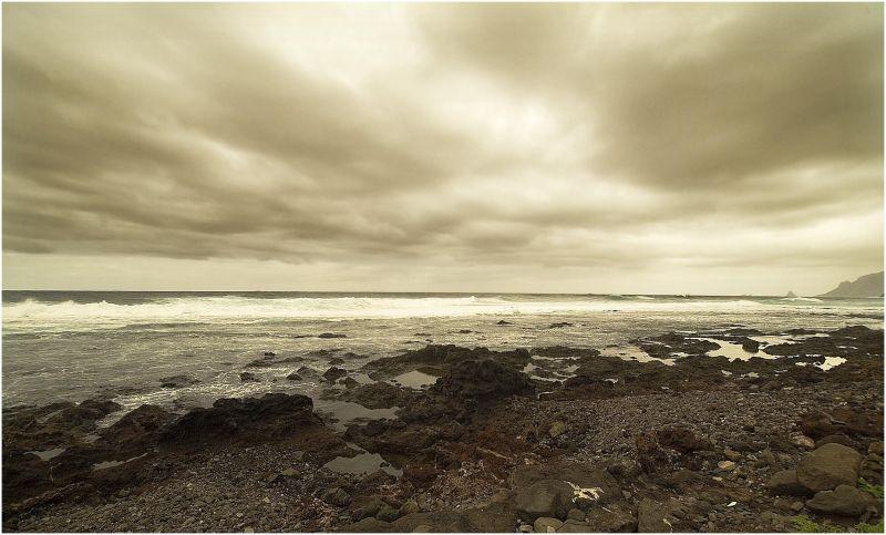 grey horizont
