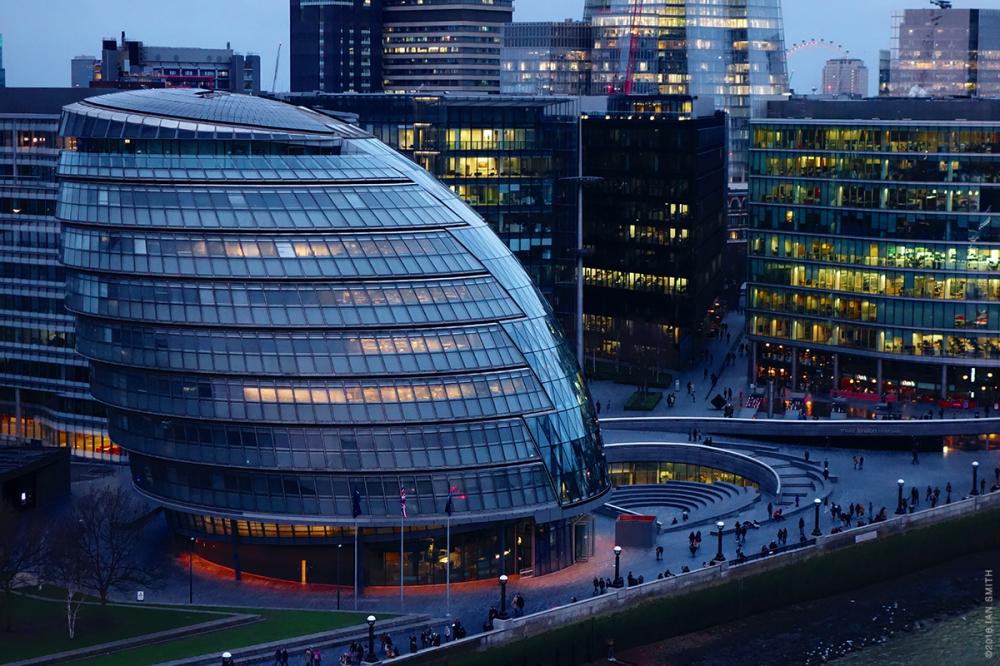 London's City Hall at night