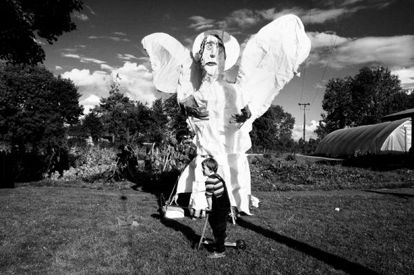 roller, kid, figure, angel, ireland, kyle