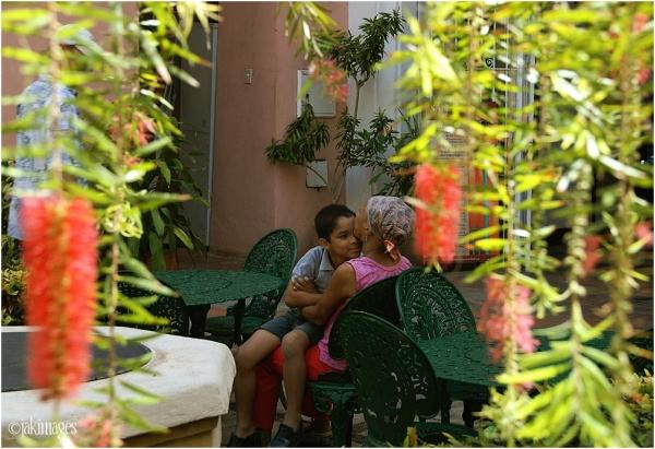 Intimate moment - Havana