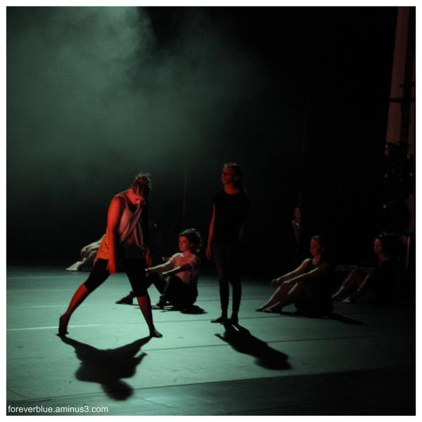 .... DANCIN' MACHINE'S BACK (4)