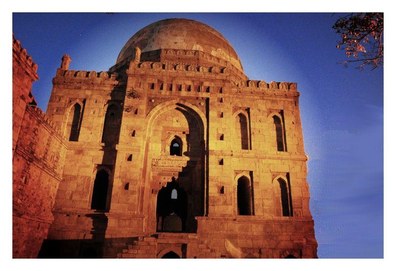 Lodhi Tomb, Delhi, Overprocessed in GIMP