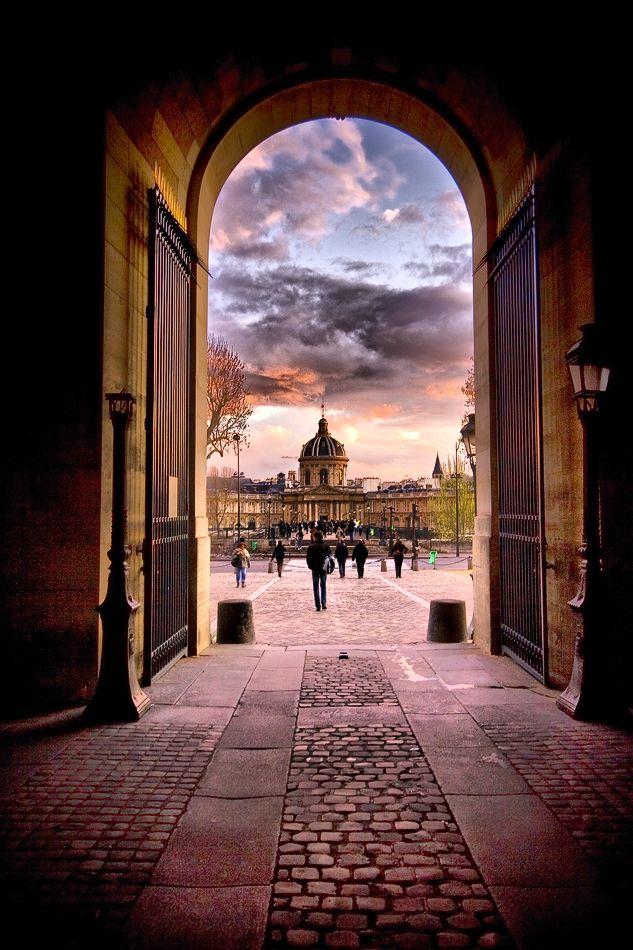 L'institut de France depuis le Louvre