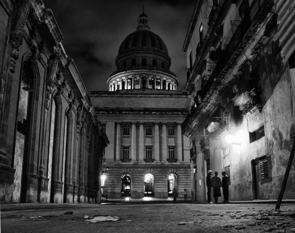 El capitolio, Havana - by night