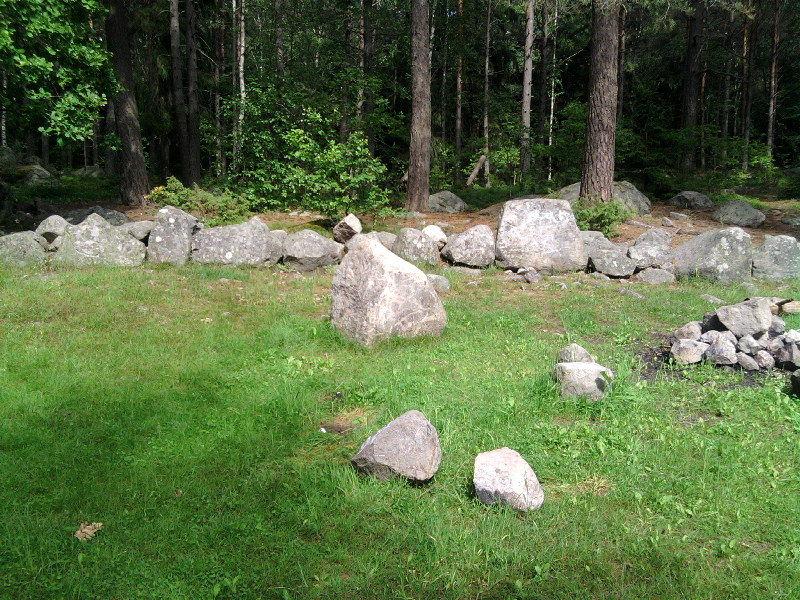 kronskogens stenar