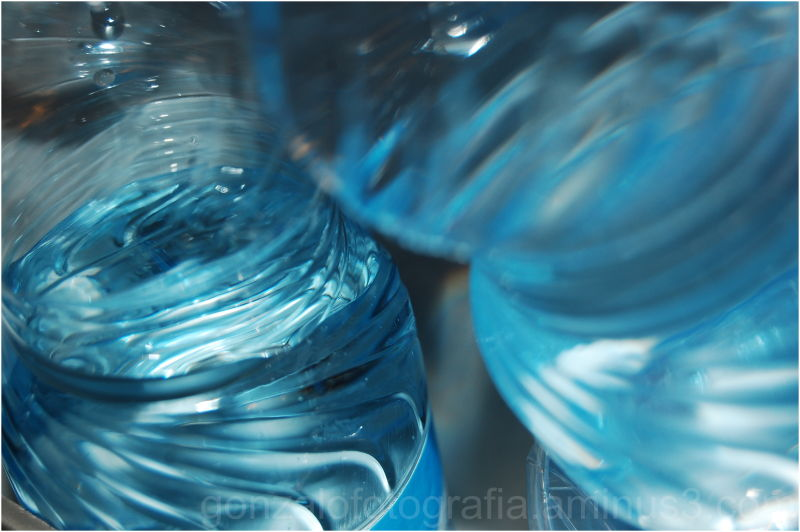 H2O: Weak volume.