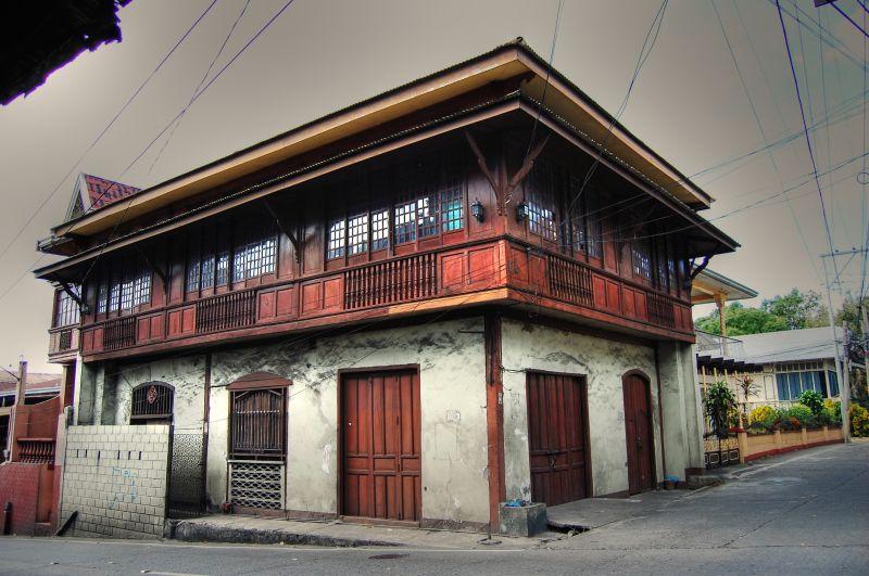 Taal House